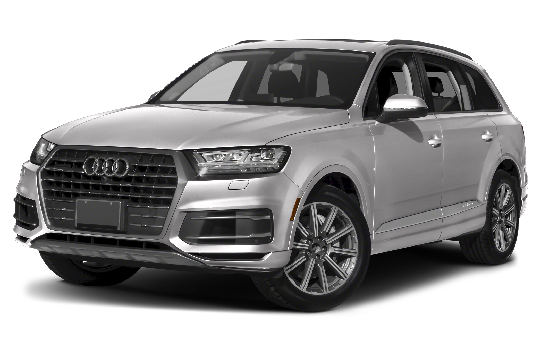 pare Audi Q7 to Land rover Range rover sport